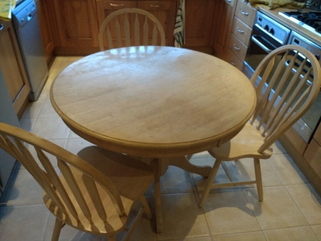 Round Farmhouse Dining Table 42 Inch