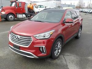 2017 Hyundai Santa Fe XL 6 passenger Luxury AWD 3rd row seating