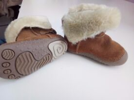 beautiful and warm baby boots/ shoes size 3