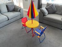 Toddlers garden table and chairs