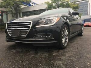 2015 Hyundai Genesis Sedan Luxury Package, 3.8L, V6, AWD, Leathe
