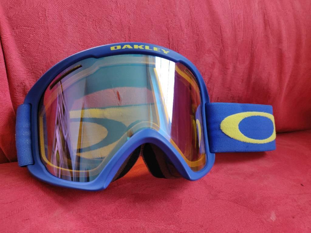 f6d4fd88c09 Oakley A Frame 2.0 XL Snow Goggles