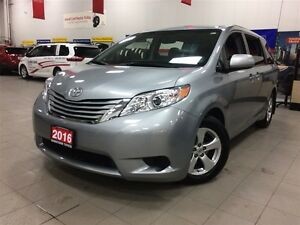 2016 Toyota Sienna LE - manager's hand picked ex-daily rental