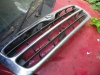 MAZDA B2500 FRONT GRILL