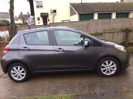 Toyota Yaris 5 door car for sale, in very good condition, 2013 plate