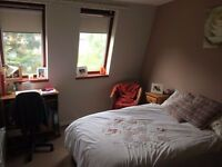 Spacious double room in Hyndland, West End, available August 13th