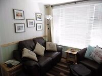 : Holiday in Bude Cornwall Devon 2 bed hol chalet set in manor house grounds allows dogs.