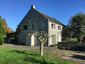 VERY LARGE PART FURNISHED 5 BEDROOM DETACHED HOUSE WITH ACRE OF LAND & DOUBLE GARAGE IN WOOL