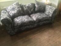 BLACK & WHITE LACEY 2-3 SEAT SETTEE DFS