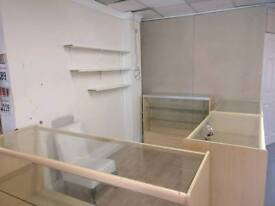 Unit to let - Solihull & Bordesley Green from £80 per week includes all bills.