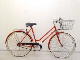 A small MISTRAL TOURIST Ladies City Bike Hybrid 3 speed Alloy Frame, Fully Serviced warranty