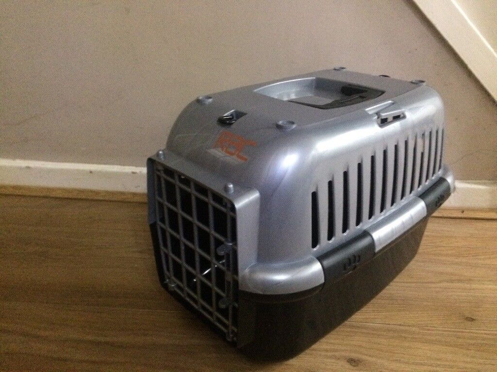 SMALL PET/ CAT CARRIER