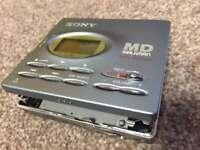 Sony MD Walkman MZ - R91