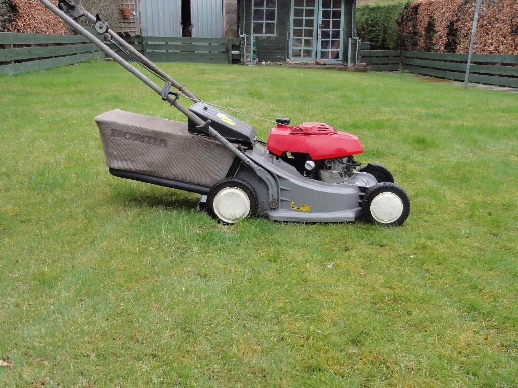 honda hrb 423 self propelled lawnmower in annan. Black Bedroom Furniture Sets. Home Design Ideas