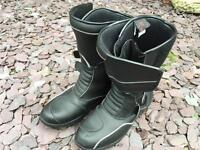 HIPORA Breathable and Waterproof Motorcycle Boots. UK Size 10. Hardly used bargain. ONO.