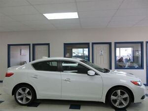 2013 Acura ILX DYNAMIC PREMIUM PACKAGE 6 VITESSE CUIR TOIT OUVRA
