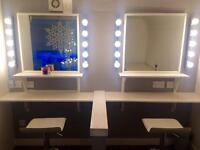 Makeup Make Up Artists chair rental employed/self employed!! West end Location!!