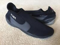 TUSA scuba slippers/shoes - never used