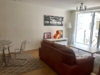 Large & spacious 3 bedroom FURNISHED central flat next to Brighton station *SUMMER / SEPTEMBER LET*