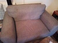 2 seater sofa and cuddle sofa