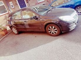 Vauxhall Astra 1.6 litre Manual Black, 5 door, not Ford Toyota Honda Volkswagen BMW Renault Peugeot