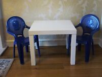 Kids children's indoor outdoor white table & 2 blue plastic chairs / Used