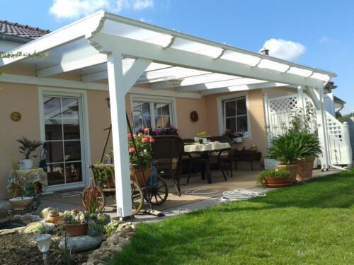 Alu oder Holz Terrassenüberdachung Terrassendach Schiebeelement in ...
