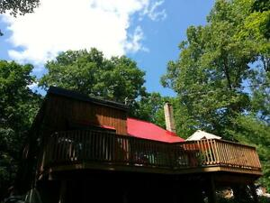 Calabogie cottage maximum 4 Adults.4 minutes from the beach