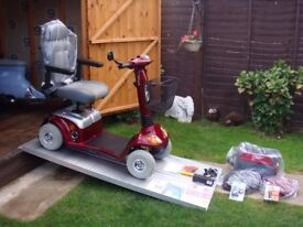 EX DISPLAY ALL TERRAIN - HEAVY DUTY - DAYS STRIDER 25st 8MPH ROAD LEGAL MOBILITY SCOOTER WAS £3500