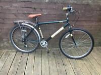 UNIVERSAL STERLING HYBRID TOWN AND CITY BIKE WITH 18 GEARS