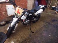 SFM ZZ 125 Motorbike