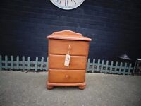 SOLID PINE BEDSIDE CABINETS ALL ODD ONES NO PAIRS AVAILABLE £20 EACH (1)