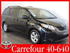 2015 Toyota Sienna LE V6 8 Passagers Portes Coulissantes