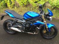 Triumph Street Triple 675, 2013. New MOT. Low Miles. Immaculate. Ready for summer!