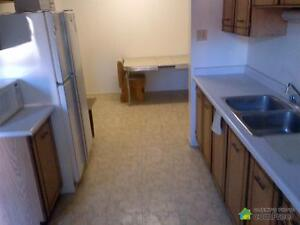 $192,000 - Townhouse for sale in Waterloo Kitchener / Waterloo Kitchener Area image 2
