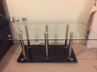 Glass Table / 110 x 65 x 40 cm / Bargain