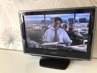 "TV 📺/ TV DVD combo / Toshiba 19"""