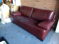 SUMPTUOUS LEATHER SOFA IN QUALITY HIDE
