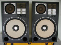 CLASSIC TECHNICS MODEL SB-G900 4 WAY SPEAKER SYSTEM 8-OHM 300-W (THIS IS FOR TWO-SPEAKERS)