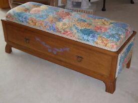 Bench Seat/Ottoman