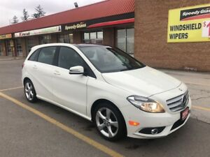 2014 Mercedes-Benz B-Class 250 /One Owner/Navi/Backup Camera/Pan