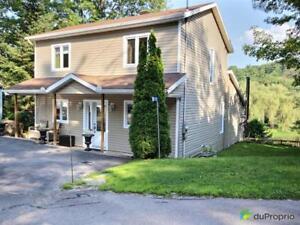 348 200$ - Maison 2 étages à vendre à Val-Des-Monts (Perkins)