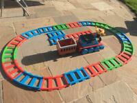 Thomas The Tank Engine Ride Along Battery Operated Train with Track