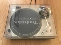 Technics 1200 MK3 Turntable / Deck with lid & needle!