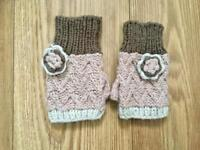 Pink, Cream and Brown Fingerless Knitted Gloves, never worn, very good condition