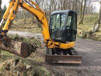 Very tidy 2.8 tonne jcb