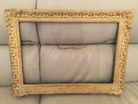 ANTIQUE GUILDED PICTURE FRAME circa 1920