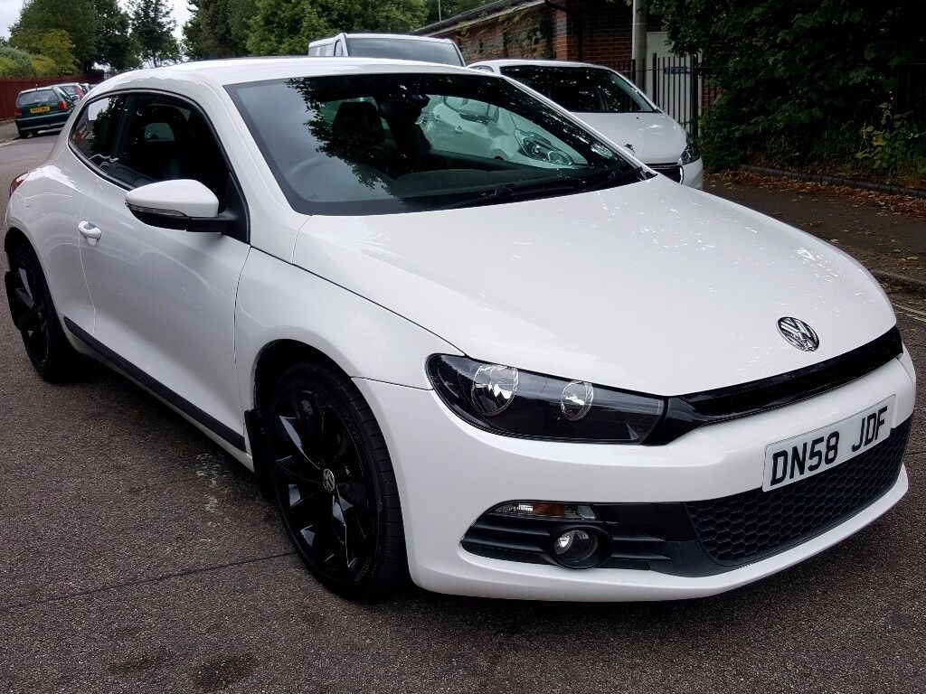 white volkswagen scirocco cr gt 2 0 tdi automatic gearbox. Black Bedroom Furniture Sets. Home Design Ideas