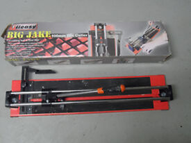 TILE CUTTER for tiles up to 600mm