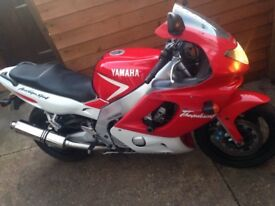 Yamaha yzf600r MINT